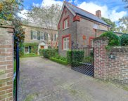 8/10 Ropemakers Lane, Charleston image