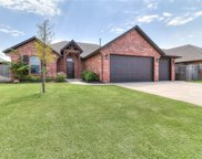 538 W Chickasaw Court Way, Mustang image