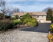 11 Seacliff Ln, Miller Place image