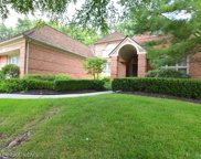 1140 Lone Pine Woods Dr, Bloomfield Hills image