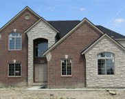 54582 Black Hills Lane, Shelby Twp image