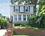 250-28 Gaskell Rd, Little Neck image