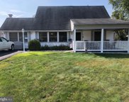 31 Micahill Rd, Levittown image