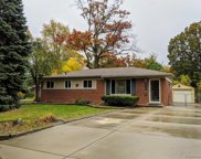 30030 Winthrop DR, Madison Heights image