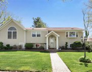 55 Victor Dr, E. Northport image