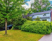 602 Perry St, Whitby image