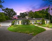 956 Red Haw Road, Northbrook image