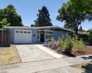 828 Lakeknoll Dr, Sunnyvale image