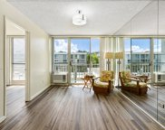 2845 Waialae Avenue Unit 421, Honolulu image