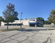 7420 Metcalf Ave, Overland Park image