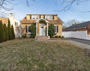155 Summers St, Oyster Bay image