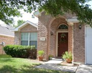 3909 Rochester Drive, Fort Worth image