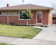 1735 Byron Ave, Madison Heights image