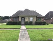 6090 Deanne Marie Dr, Zachary image