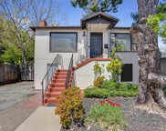 301 D St, Redwood City image