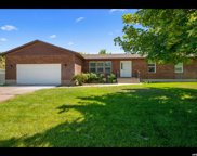 3889 W Yorkshire Dr, South Jordan image