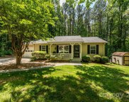118 Greentree  Drive, Mooresville image