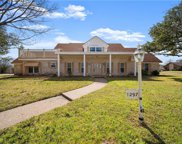 1297 Woodland West  Drive, Woodway image