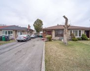 6820 W Darcel Ave, Mississauga image