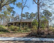 82 S Dogwood Trail, Southern Shores image