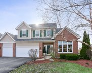 678 Chasewood Drive, South Elgin image