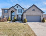15093 OAK KNOLL COURT, Sterling Heights image