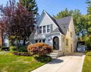 627 LINCOLN, Grosse Pointe image