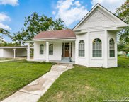 1503 S 2nd St, Floresville image