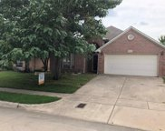 8829 Sunset Trace Drive, Fort Worth image