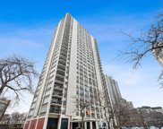 1455 North Sandburg Terrace Unit 2804, Chicago image