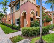 4914 Spinnaker Dr Unit #5010, Dania Beach image