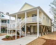 154 Ne 19th Street, Oak Island image