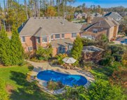 516 Brentwood Arch, South Chesapeake image