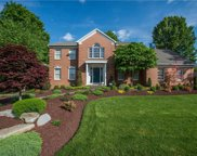 202 Meadowgrove Circle, Collier Twp image