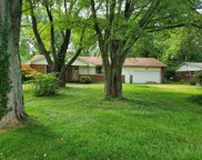 283 Old 122  Road, Clearcreek Twp. image