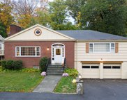 111 Woodcliff Rd, Brookline image