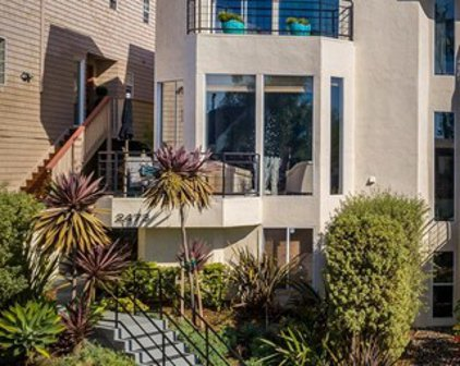 2473 Manchester Avenue, Cardiff-by-the-Sea
