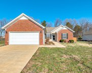 2124 Burgess Ln, Spring Hill image