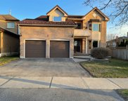 3 Stratton Cres, Whitby image