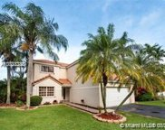 2761 Oak Park Cir, Davie image