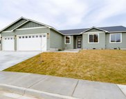 1932 W 39th Ave, Kennewick image