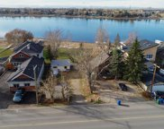 227 East Chestermere Drive, Chestermere image