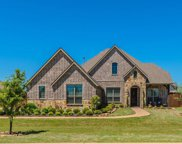 209 Thoroughbred Drive, Hickory Creek image