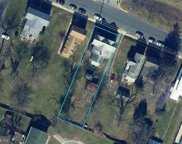 122 & 124 Kidwell   Avenue, Centreville image