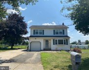 3 Carty Dr  Drive, Bordentown image