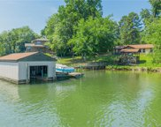 125 Gainswood  Drive, Mooresville image