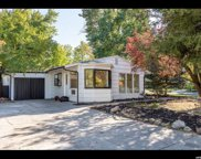 1906 E La Cresta Drive, Cottonwood Heights image