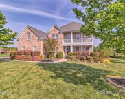 606 Five Leaf  Lane, Waxhaw image