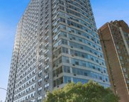 3900 North Lake Shore Drive Unit 10E, Chicago image