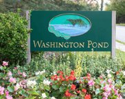 330 Pond Court Unit 7F, Twp Of Washington image